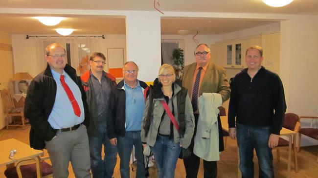SPD informiert sich im Seniorenheim